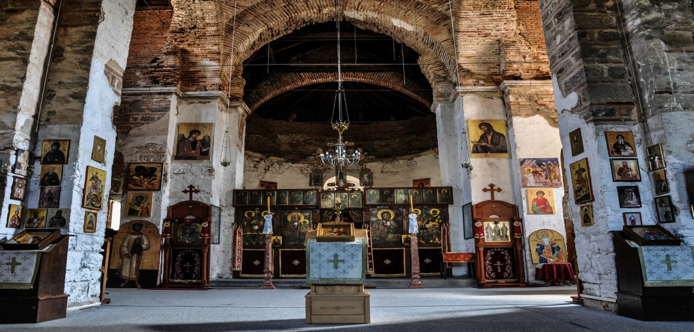 manastir-banjska-unutrasnjost-trodnevni-izlet-kosovo-srce-srbije
